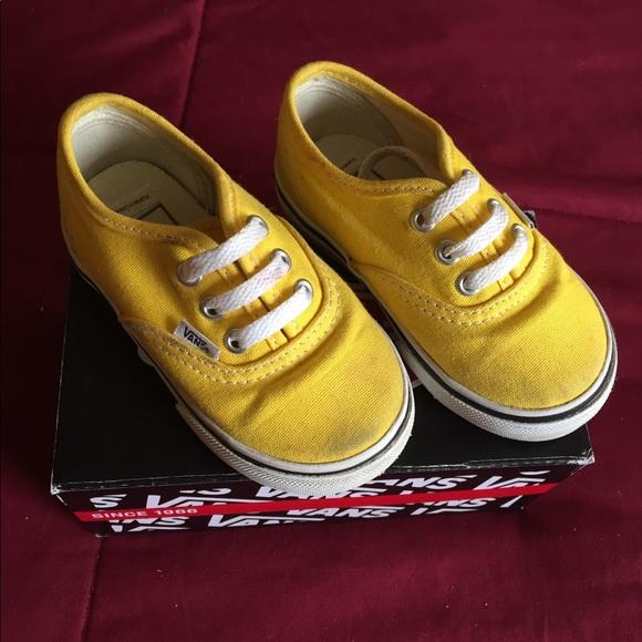 2b36311871c3 Vans authentic classic toddler size 5. M 5b0df2763b16088c5d7d486e